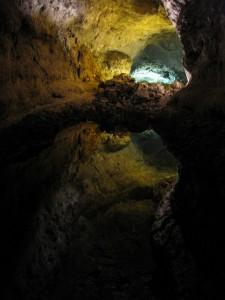 Cueva de los verdes - post de Nautalia