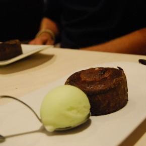 Crema de avellanas y chocolate y helado de menta - Nautalia Viajes