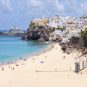 Descubre la activa isla de Fuerteventura